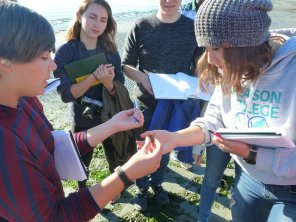 Matilda, Katja & Becca with a hermit crab
